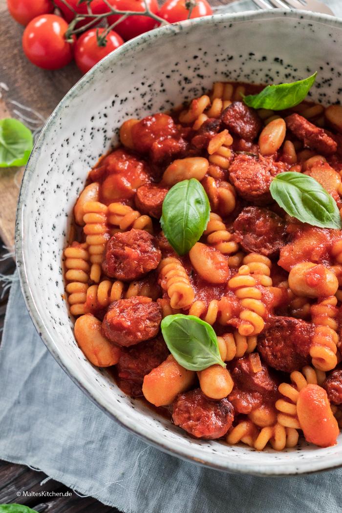 Nudeln mit Chorizo und Bohnen