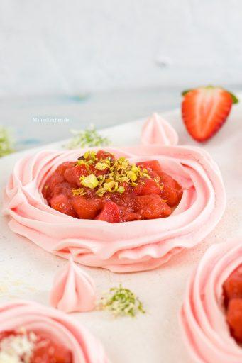Baisers mit Erdbeeren