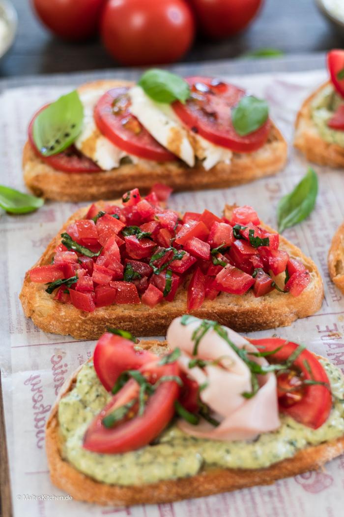 Crostini mit Tomaten
