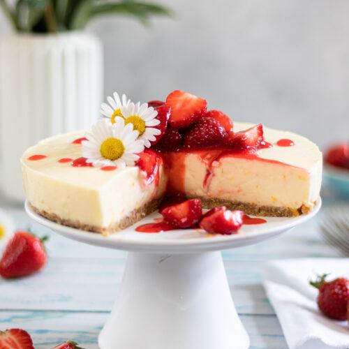Frischkäse Kuchen mit Erdbeeren