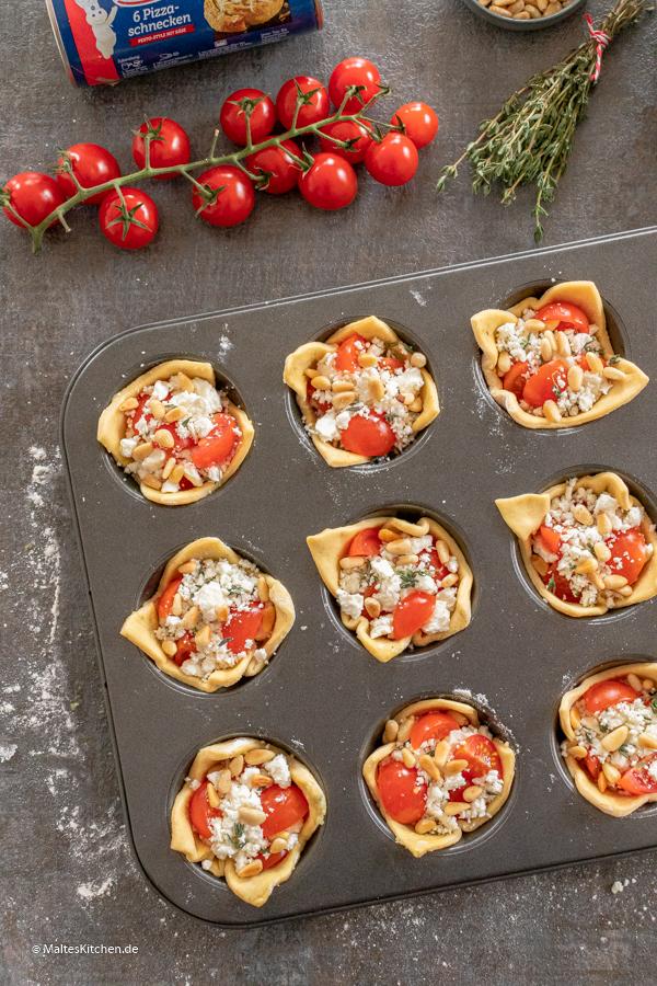 Muffinblech mit Knack&Back Pizzaschnecken Teig
