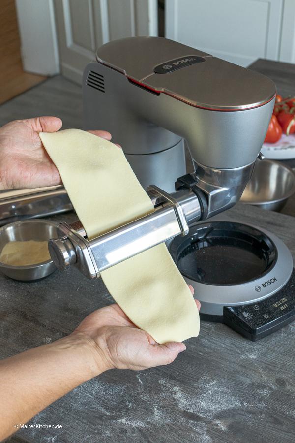 Pasta mit dem Pastaaufsatz der Bosch OptiMUM