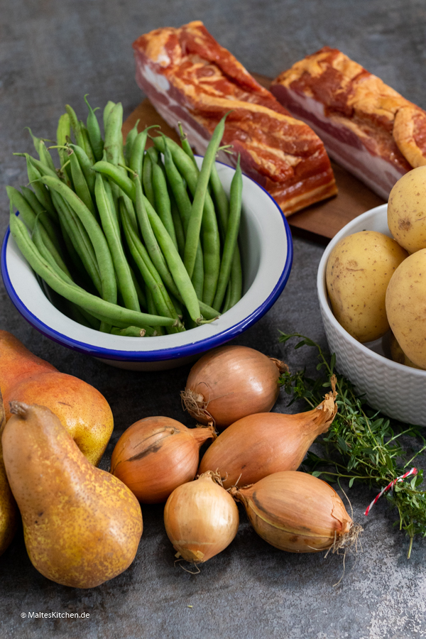Zutaten für den Birnen Bohnen und Speck Eintopf