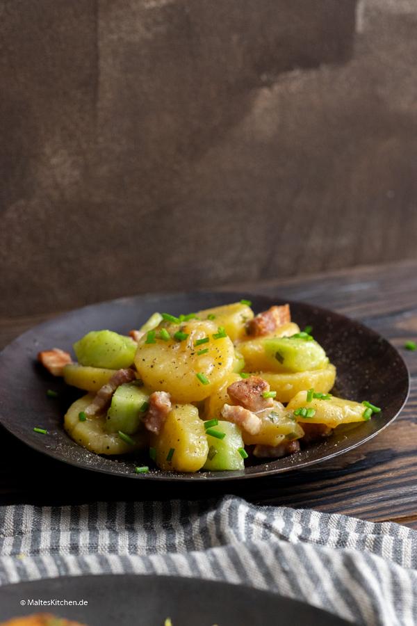 Kartoffelsalat mit Speck und Gurke