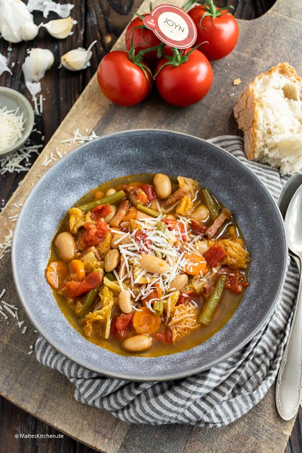 Tolle Gemüsesuppe mit Wirsing und Bohnen