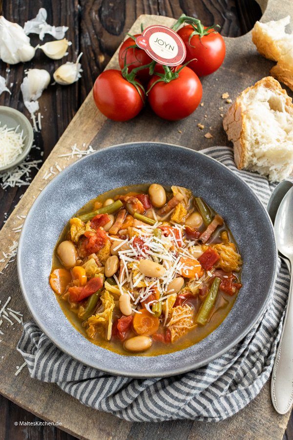 Leckerer Gemüseeintopf mit Tomaten