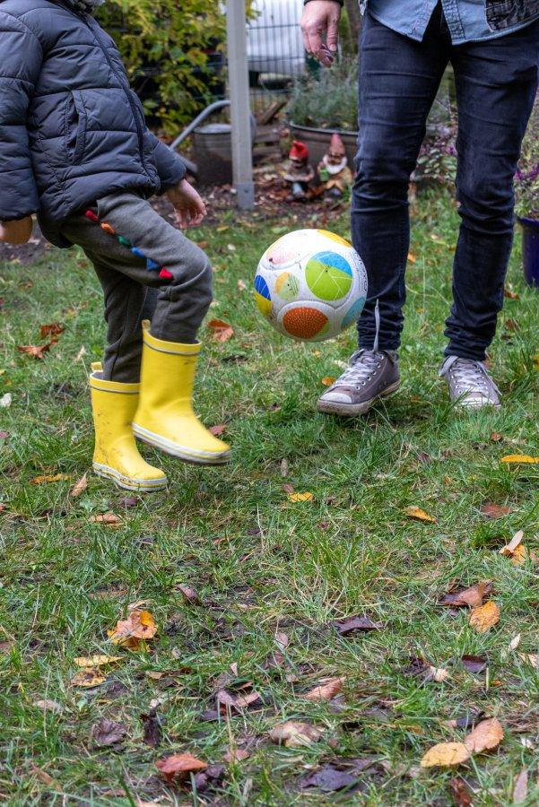 Der Fußball aus dem Gewinnspiel Paket