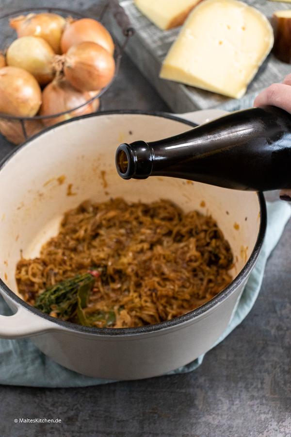 Bier für die Zwiebelsuppe