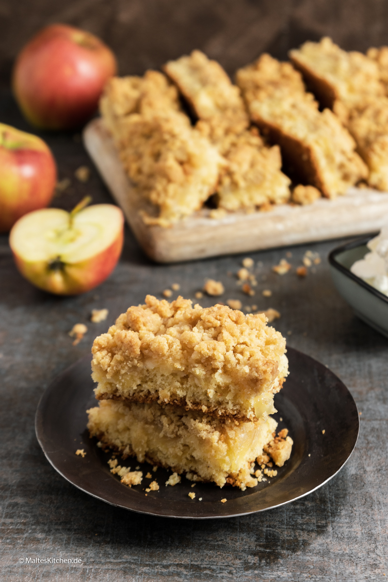 Apfelkuchen mit Streuseln