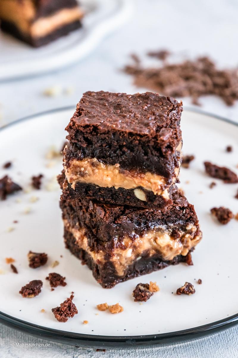 Schokoladen Brownies mit Erdnussbuttercreme