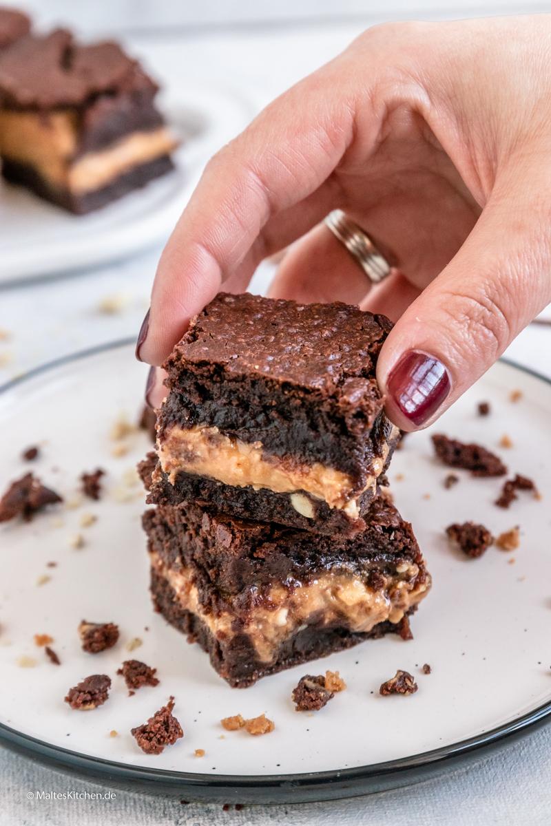 Unglaublich saftiger und cremiger Brownie mit Erdnussbutter und Schokolade