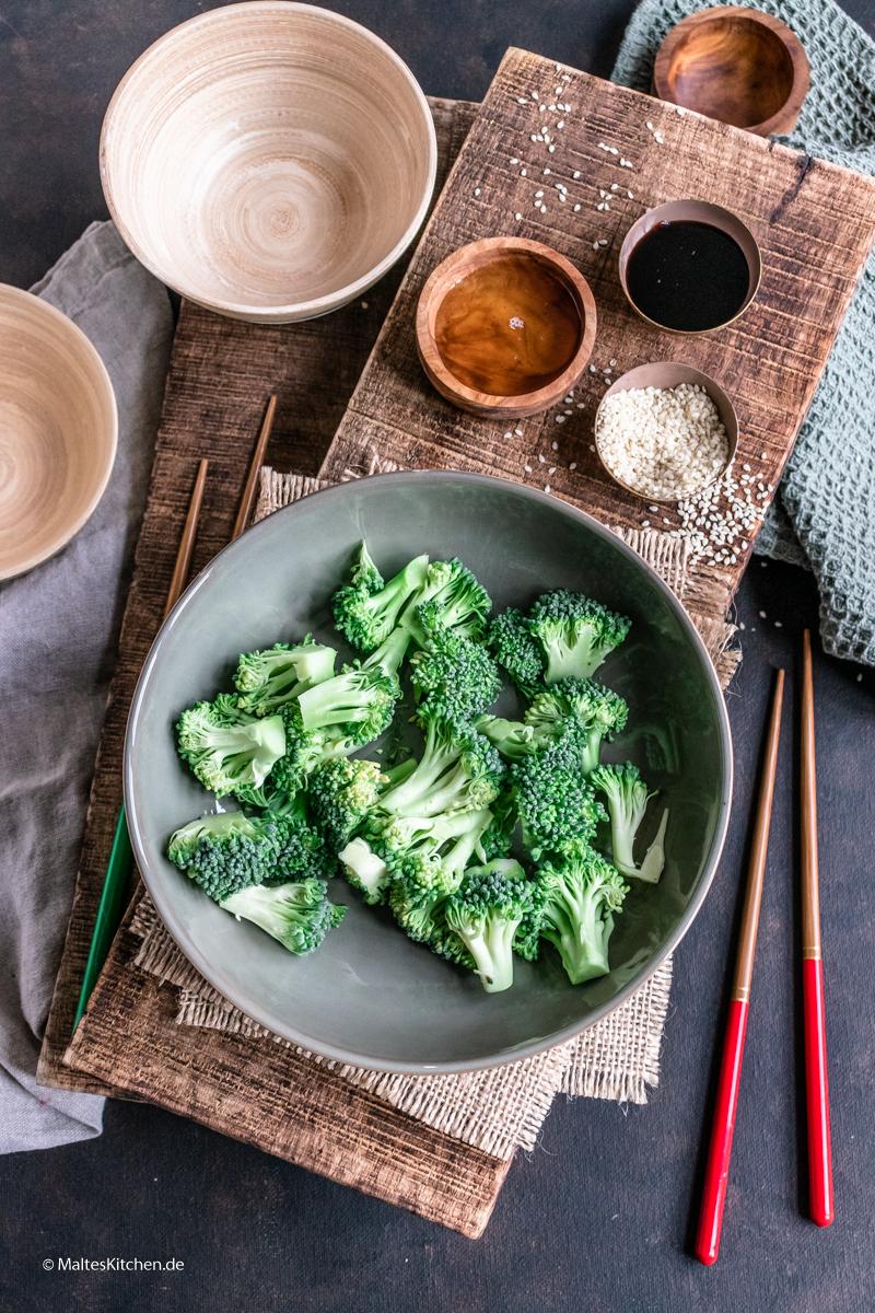 Knackiger Brokkoli aus dem Wok