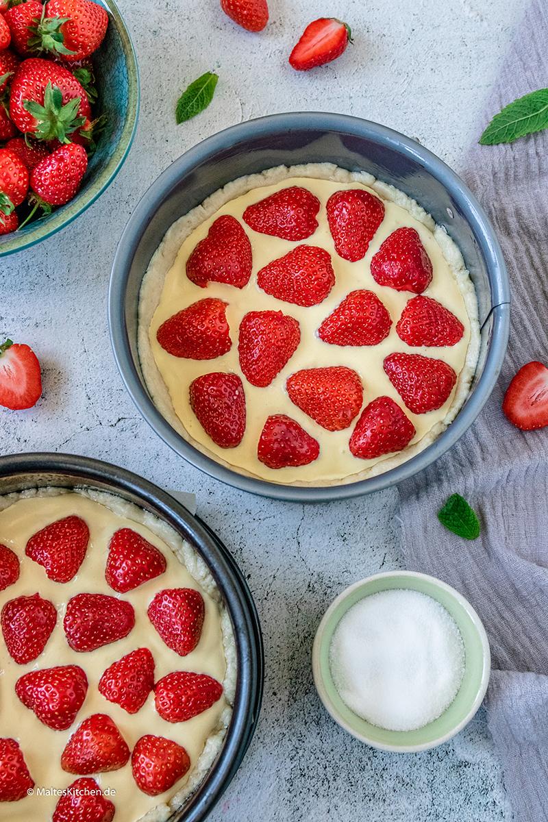 Erdbeeren auf der süßen Pizza