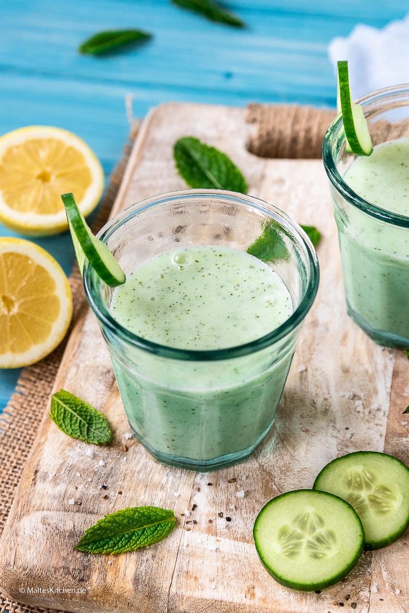 Erfrischender Buttermilch-Gurken-Shake