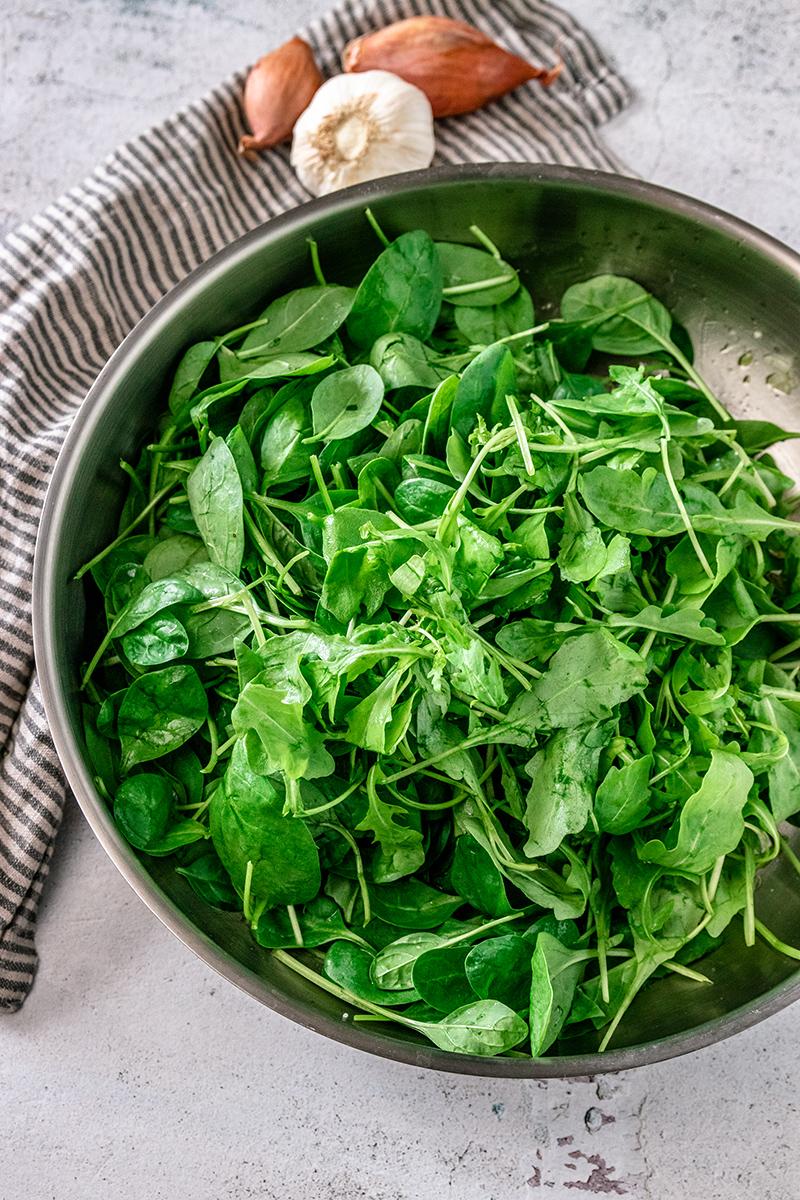 Spinat für die Ravioli-Füllung