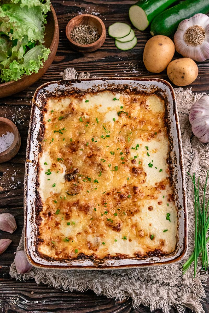 Cremiger Kartoffel-Zucchini-Auflauf.