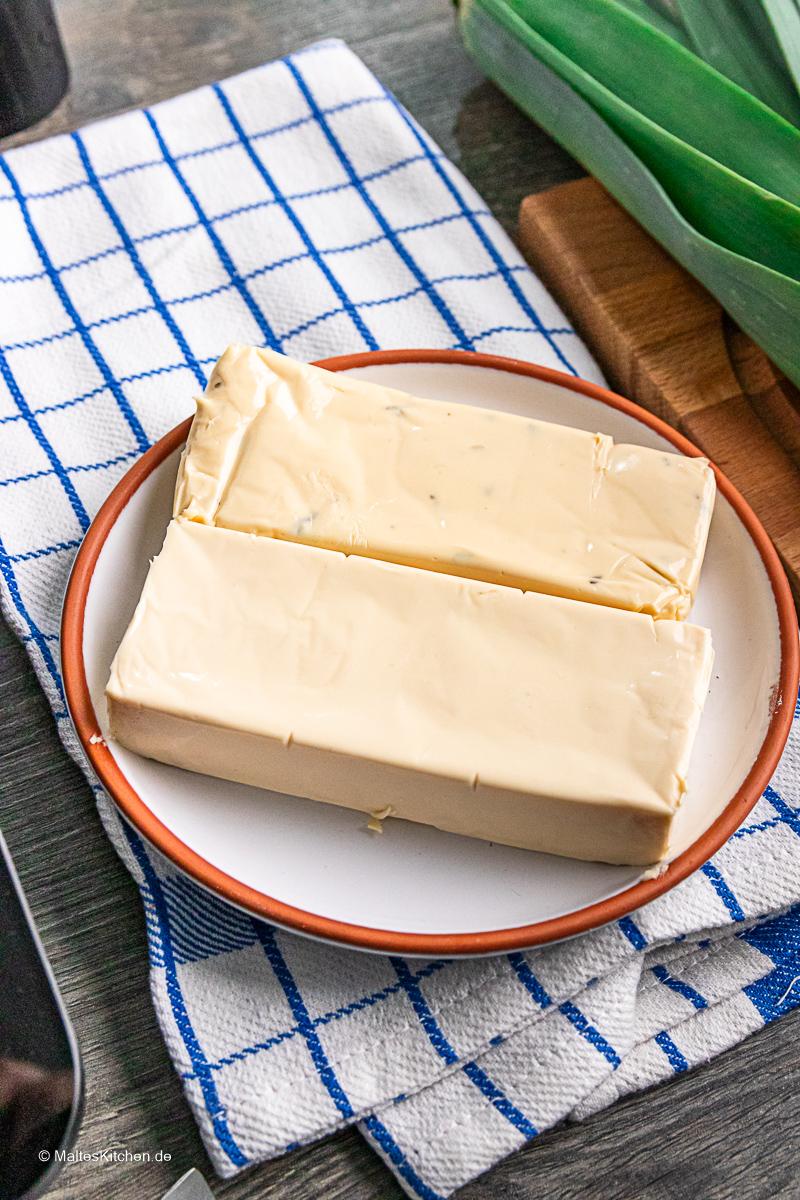 Schmelzkäse für die Käse-Lauch-Suppe.