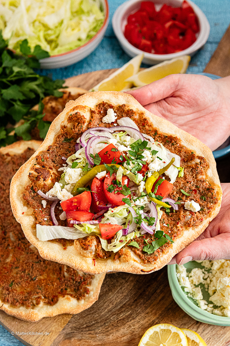 Leckere selbstgemachte Lahmacun.