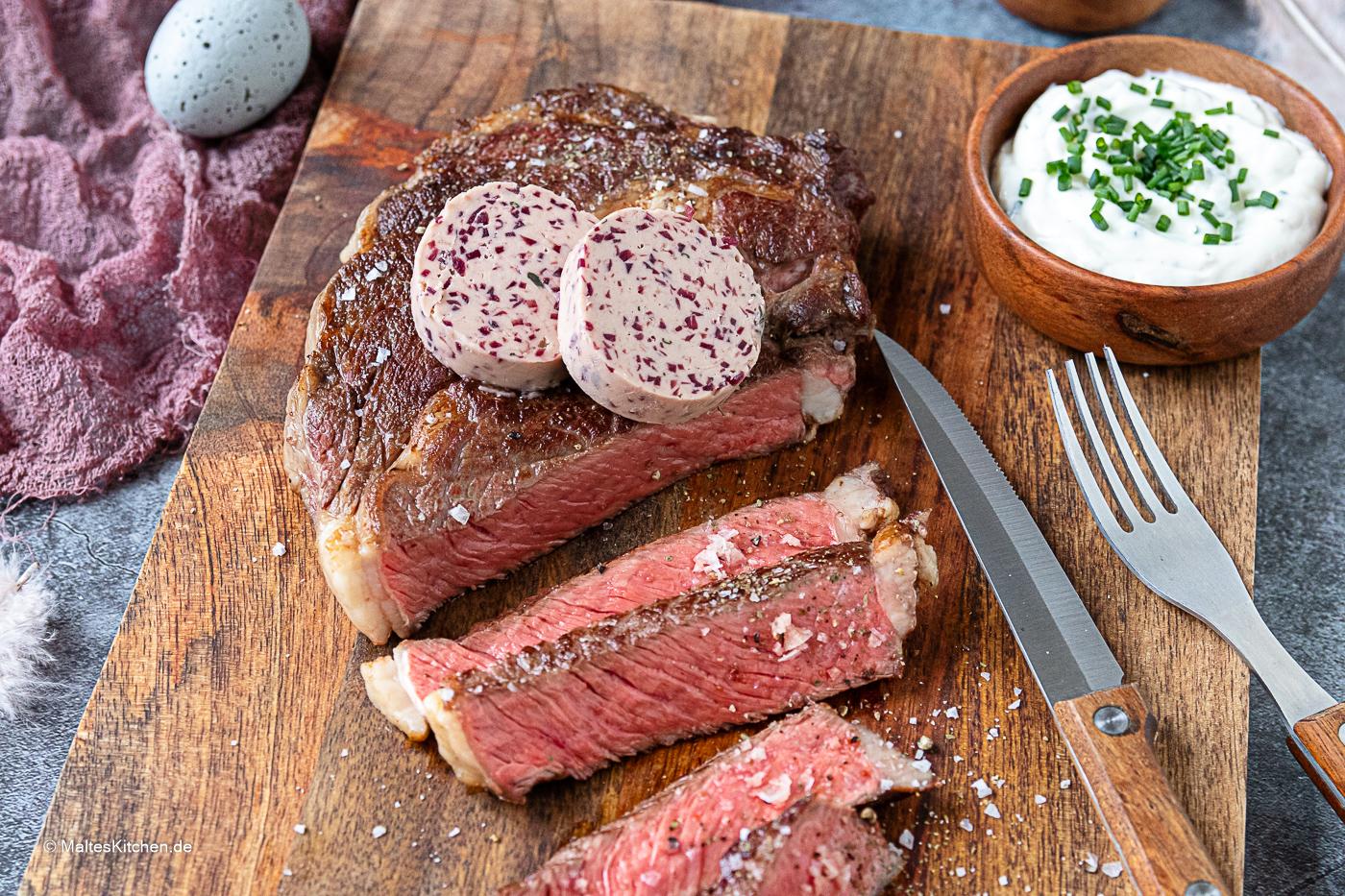 Rezept Entrecote mit Rotwein-Schalotten-Butter und Knoblauch-Chilli-Kartoffeln