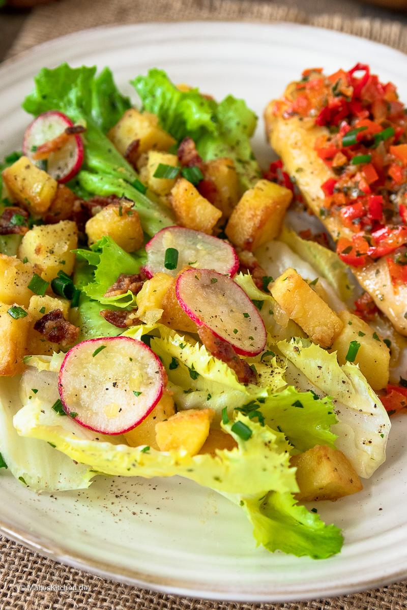 Kartoffelsalat mit Radieschen.