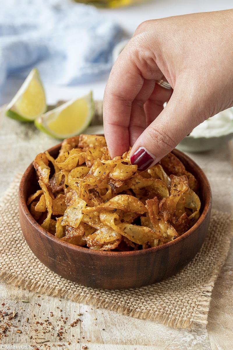 Zugreifen und genießen - Baked Pasta Chips.