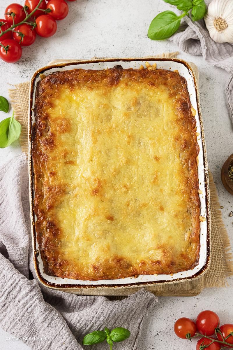 Hausgemachte Lasagne mit linsenbolognese